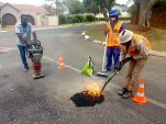 Joburg's Weltevreden Park residents fix potholes themselves for R10k