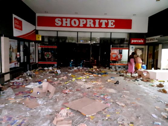 A Shoprite in the KwaZulu-Natal small town of Melmoth was one of the affected stores. Image: Supplied/Melmoth Community Forum