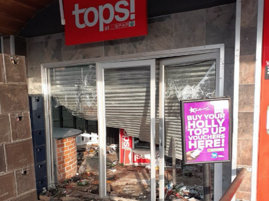 The Tops at Spar liquor store in Melmoth in KwaZulu-Natal. The industry was already on its knees due to government banning the sale of alcohol four times in 16 months. Image: Melmoth Community Forum