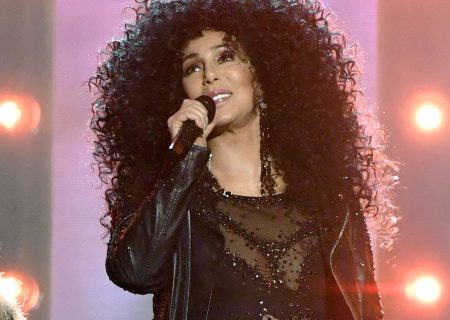 Cher claims Mary Bono is trying to seize her song royalties
