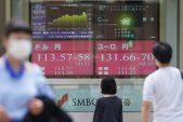 Stocks, US futures fall as mood sours; yen rises: markets wrap